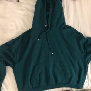 Tops - Green cropped oversized hoodie